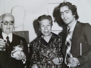 1978.Με τον Τάσο Κότσιρα και την συγγραφέα Μαρίνα Μηλολιδάκη Κότσιρα Ελ.Ετ.Ελ.Λογοτ.
